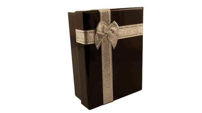 Кутийка за подарък гривна