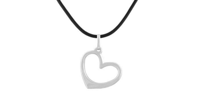 Медальон със сребърно сърце
